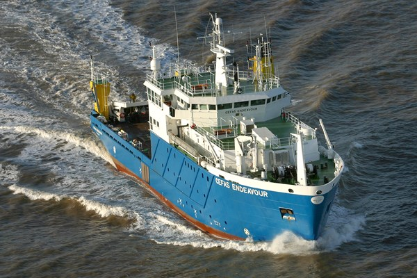 Image of the research vessel Cefas Endeavour sailing